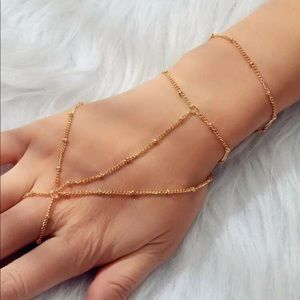 Jewelry - 🆕 Layered Finger Chain Bracelet